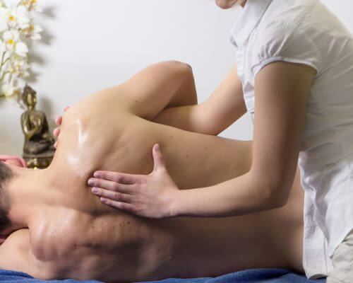 person being massaged for fibromyalgia can CBD help
