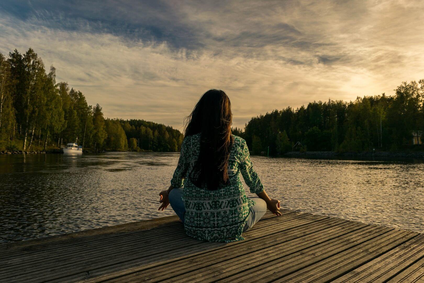 cbd-meditation-yoga-nature